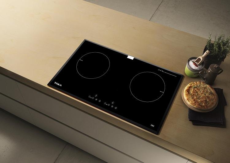 hình ảnh bếp từ đôi Taka I2B2