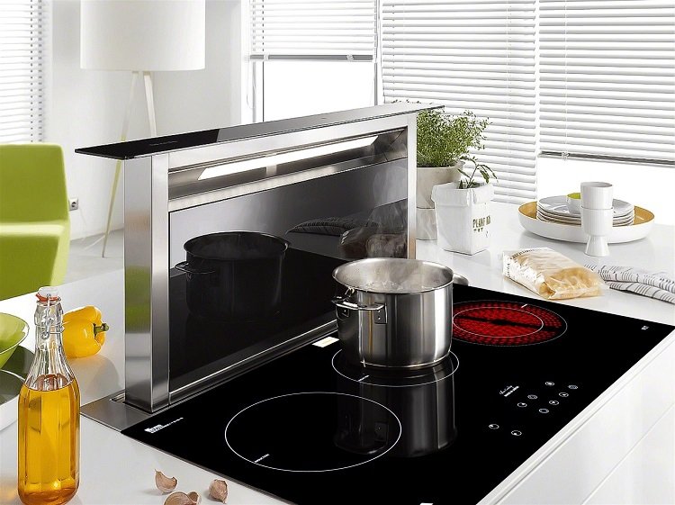 hình ảnh bếp điện từ ba Taka ir3t